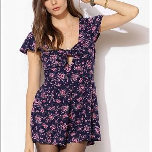 Urban Outfitters floral romper NEW WITH TAGS XS